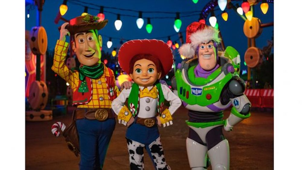 Toy Story Land Friends to Dress Up For the Holidays