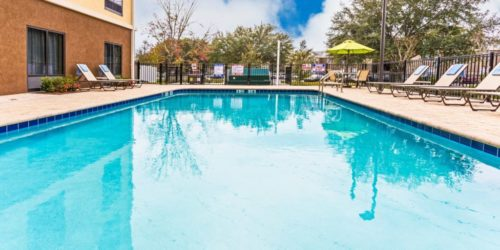 Holiday Inn Express & Suites Orlando East-UCF
