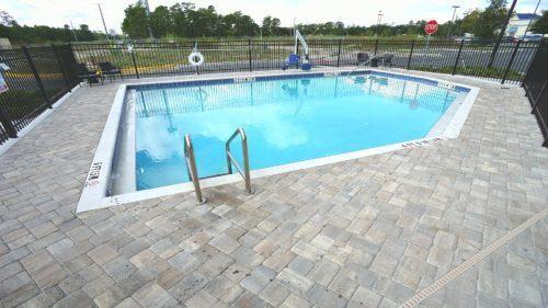 woodsprings suites idrive pool area