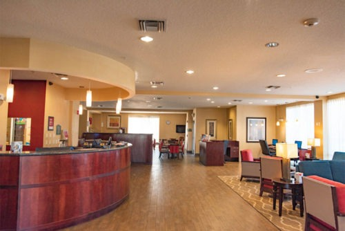 comfort suites near airport checking area